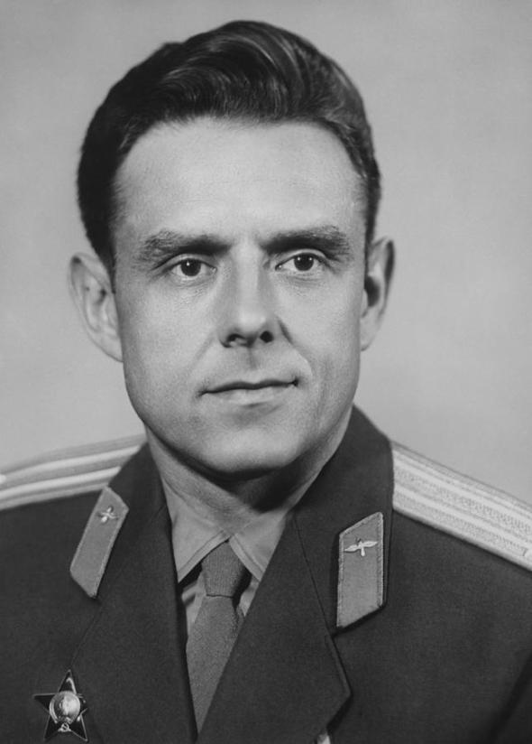 Komarov 2