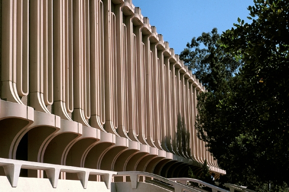 library at uc irvine