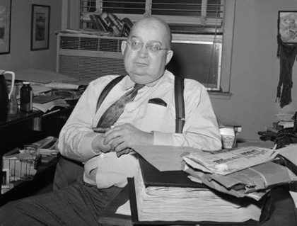 "January 1963, New York, USA --- A. J. Liebling, (shown in a January 1963 photo from files), whose caustic criticisma of American newspapers were published for 17 years in the New Yorker magazine under the title of ""The Wayward Press,"" died on December 28th. He was 59. --- Image by © Bettmann/CORBIS"